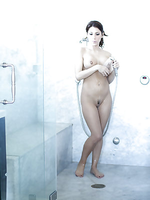 Seductive babe Aleksa Nicole takes shower and demonstrates ass and nipples