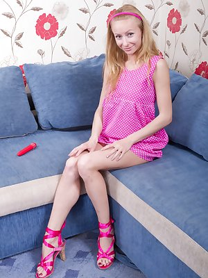 Lisa T loves pink, from her pink dress to her pink shoes and her pink pussy in between. She especially loves her pretty pink vibrator between her incredibly hairy pussy.