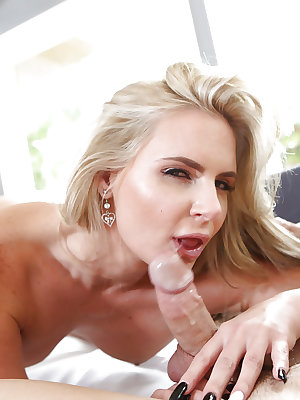 Cougar milf Phoenix Marie takes part in a close up hardcore sex scene