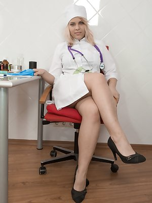 Jill is a sexy natural Doctor, and strips her Dr's gown off to show her hairy body. Once she gets all naked she then masturbates. She sits at her chair, and fingers her hairy pussy until she orgasms.
