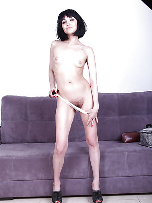 Mature woman Matilda inserting her makeup brush into her hairy snatch