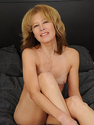 Closeup nudity solo with tiny tits mature woman in heats Janet